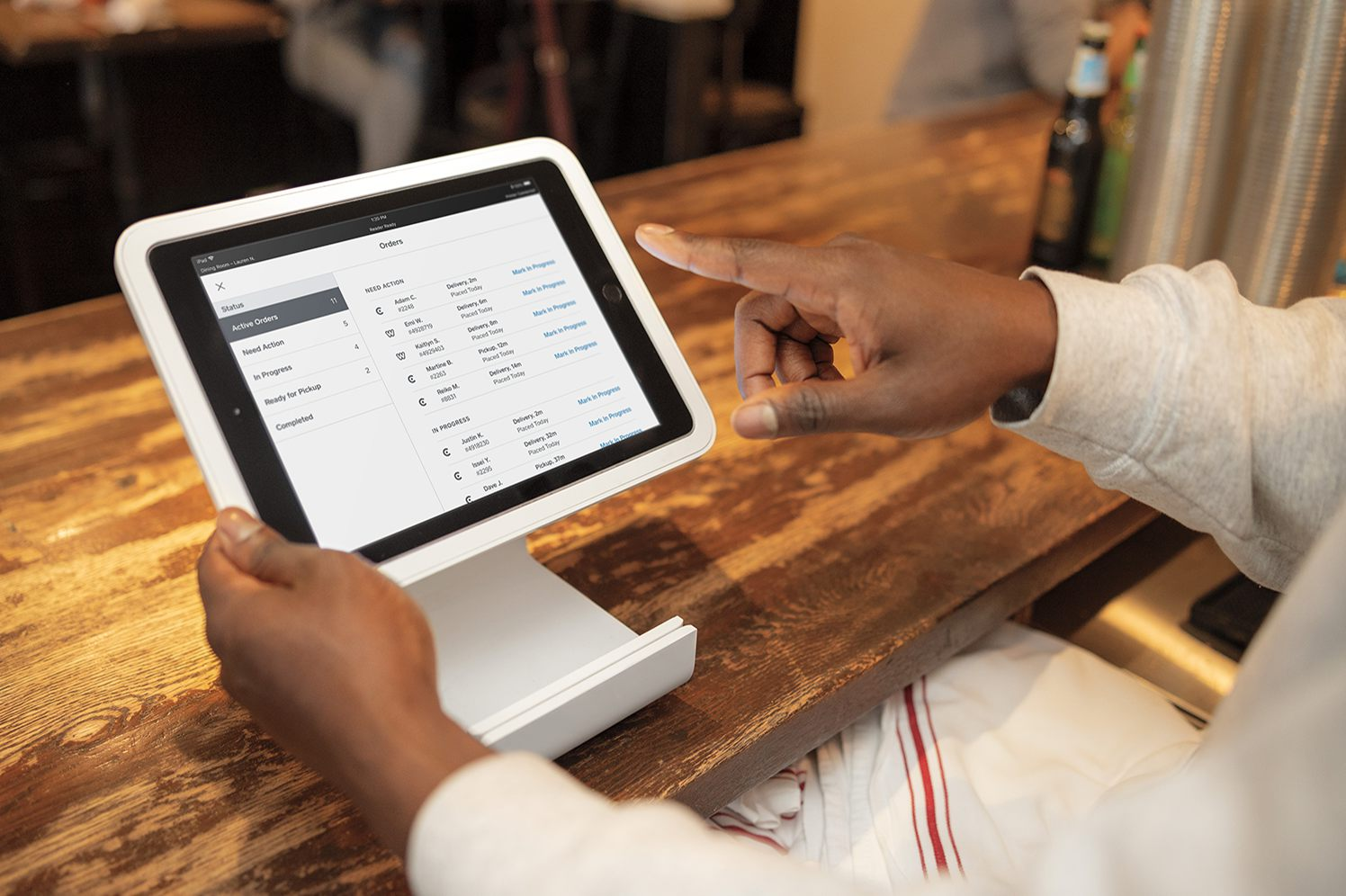 ipad screenshot with square for restaurants order integration