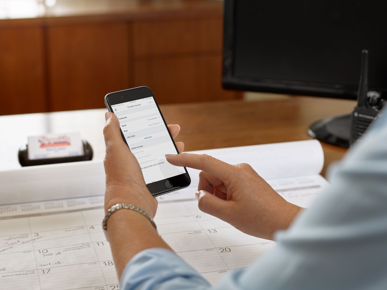 The invoicing app feature on an iphone