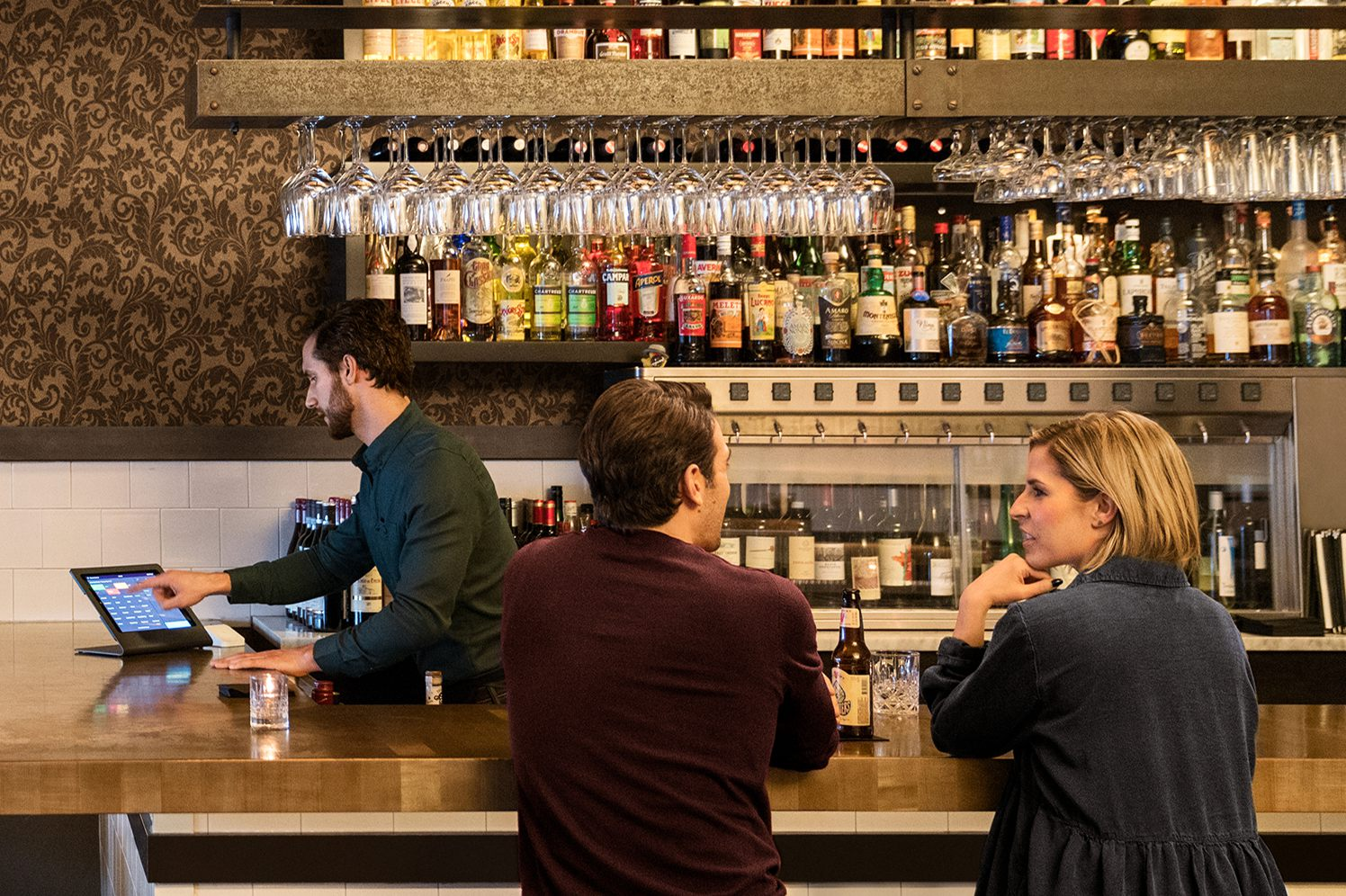 tip pooling at a bar